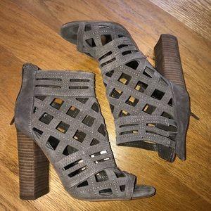 💞💞💞Caged Heel Sandal